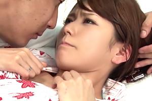 【MM号】怯えても無駄!8頭身美形ウエイトレスを彼氏の目の前で強姦!