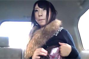 【素人ナンパ】横浜で買い物中だった19歳学生に謝礼をチラつかせて…