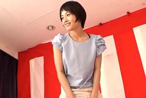 【ナンパ】脱がせて中出し!長身ショートカット女子大生と野球拳!
