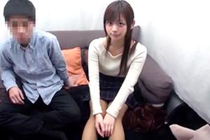 男女友達同士でイキ我慢!10分間耐えたら賞金100万円!