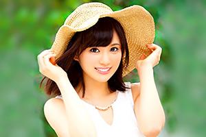 秋吉花音 笑顔が爽やかで可愛い美少女が恥じらいSEX 初体験4本番