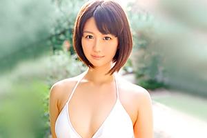 夏川あかり 清楚でスレンダー。20歳の現役看護師が初々しいAVデビュー!