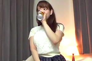 【素人ナンパ】服の上からわかる巨乳妻をお持ち帰りしてハメ撮りSEX!