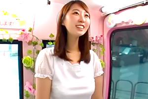 【マジックミラー号】才色兼備の美人女子大生と濃厚なディープキス!