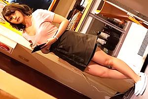 【素人】居酒屋で6年間セックスレスのハーフ女子大生をナンパ!
