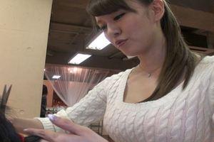 立花瑠莉ちゃんが美容師にw手コキサービスありのヘアサロンw