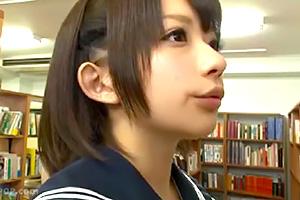 【成海うるみ】図書館でスケベに突如犯されるめちゃカワJK…