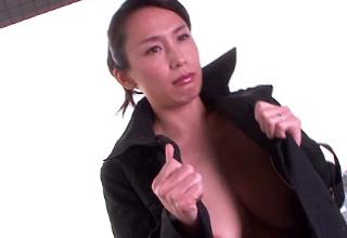 西麻布で働く清楚で美人なFカップ美熟女の初撮りセックス。