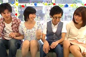 【マジックミラー号】嫉妬と羞恥。大学生カップルのスワッピング!