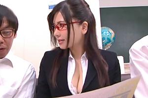 沖田杏梨 Kカップのヤリマン巨乳女教師と中出しSEX!