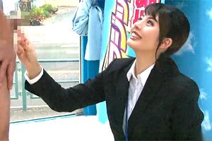 佐藤カレン 可愛いSOD女子社員がマジックミラー号見学会でファンとSEXしてしまう…