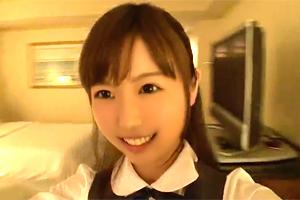 瀬古ここ 「恥ずかしいです…」童顔の制服美少女をホテルに連れ込むハメ撮り映像