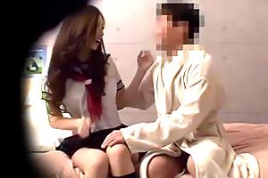 【盗撮】「焦らないで!」現役JKとセックスできる風俗店でギラつく客