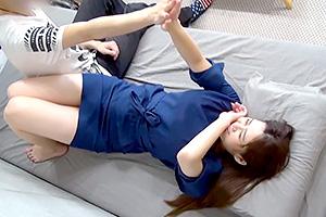 【素人】「ヤメテー!」人懐っこかったのにベッドに入ると急に乙女モードw