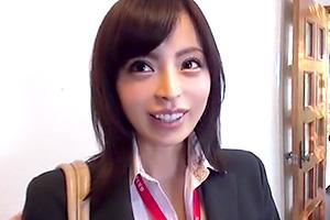 桜井彩 SOD女子社員が既婚男性のガチ自宅でデリバリーセックス!