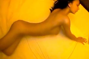 【個人撮影】めっちゃ可愛い黒髪美少女をホテルでハメ撮り