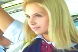 【素人】痴女な金髪白人JKのハイスクールバスに乗り込んだ結果www
