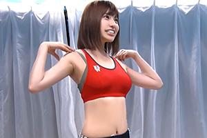 【マジックミラー号】ユニフォーム姿たまらん〜w陸上女子に膣内マッサージ!