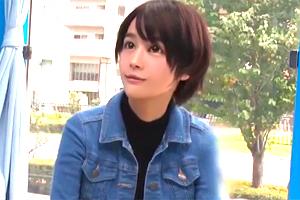 【マジックミラー号】ボーイッシュな10代美少女がニセ童貞に中出しされる!