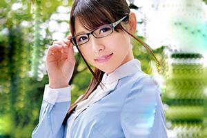 あおいれな 地味な眼鏡美少女が恥ずかしがりながらも初SEX!