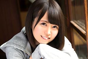 生田みく エッチの経験が浅い19歳の美少女が中年おじさんと濃厚セックス!