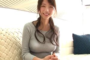 須原のぞみ ニットに包まれたGカップ巨乳の江戸っ子美人妻が浮気セックス!