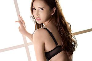 【緒方エレナ】週刊大衆グラビア連続出演!!爆乳美人女医とのSEX動画