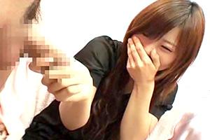 【手コキ】「我慢汁すごい…」ウブな素人娘の恥じらいが可愛い!