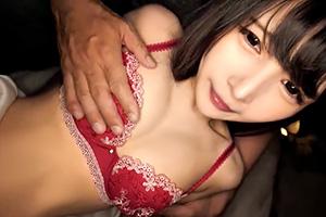 跡美しゅり 人形みたいに可愛いスレンダー美少女にお薬キメてパコパコ!