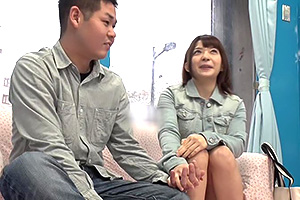 【マジックミラー号】自信が持てない男子の救済企画。可愛い10代女子がサポート!