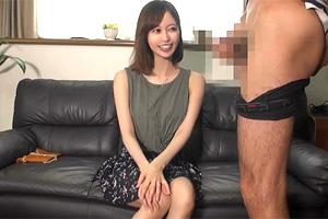 篠田ゆう 巨乳美女が巨根センズリ鑑賞!触ってもいいですか?