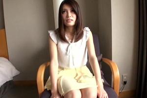 【素人】グラドル級ボディの巨乳美女を口説いて手マンするハメ撮り動画