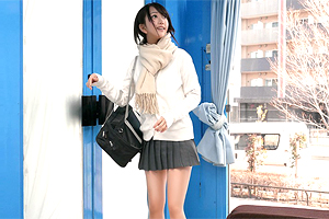 【マジックミラー号】純真無垢な美少女JKに育乳おっぱいモミモミインタビュー!