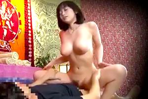 【盗撮】偽タイ人マッサージ師に言いくるめられてハメられた人妻