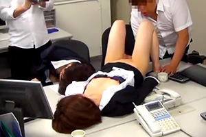 【昏睡レイプ】化学室から持ち出した媚薬で教師たちを眠らせる