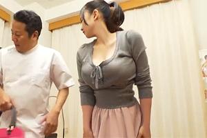 吉川あいみ すげぇ巨乳だわ…。おっぱいマッサージで整体師がハメる!