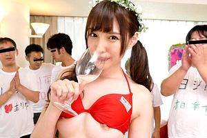 橋本ありな モデル級スレンダーボディの美少女がガチファンを性接待!