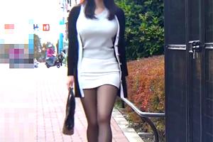【痴漢】二階堂ゆり タイトスカートに黒パンストの巨乳OLをバスで犯す!