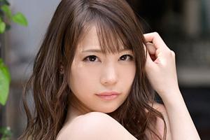 鈴村あいり 顔射の美学 美少女の美しい顔面にドロドロ精子をぶっかけるSEX動画