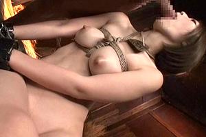 水野朝陽 豚小屋で性処理するための家畜に調教される巨乳美女