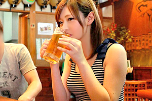 【素人】東海地方の居酒屋でナンパ!八重歯がカワイイ店員をホテルに連れ込む