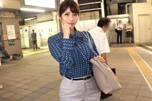 【ナンパTV】パンツスーツの巨尻がエロい広告代理店の美人広報とのSEX動画