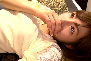 ガチ素人。神カワ美少女がスカウトの1年がかりの交渉でAV女優へ