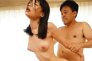吉岡ひより 正統派のスレンダー美少女が未体験の絶頂!