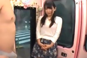 【マジックミラー号】素股で気持ち良くなった女子大生がナマ挿入!