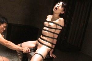 あべみかこ あおいれな 完全拘束状態で拷問イラマチオ!泣きながら嗚咽する貧乳娘