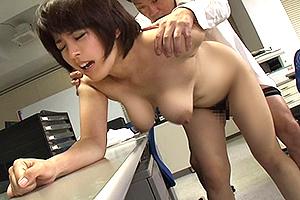 笹山希 豊満ボディの人妻OLが横領の発覚で同僚の性奴隷にされる!