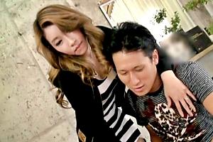 家庭教師の韓国人お姉さんに媚薬を飲ませる!欲情した美巨乳美女はカニバサミロックを発動!