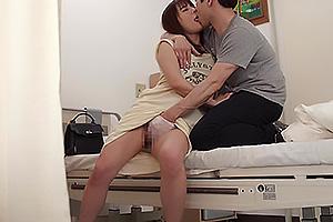 花咲いあん 男を発情させる美尻ライン丸わかりのマキシワンピ!病室でこっそり着衣セックス