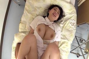 斉藤みゆ 早川瑞希 可愛い看護師と2人きりの病室で濃厚イチャイチャセックス